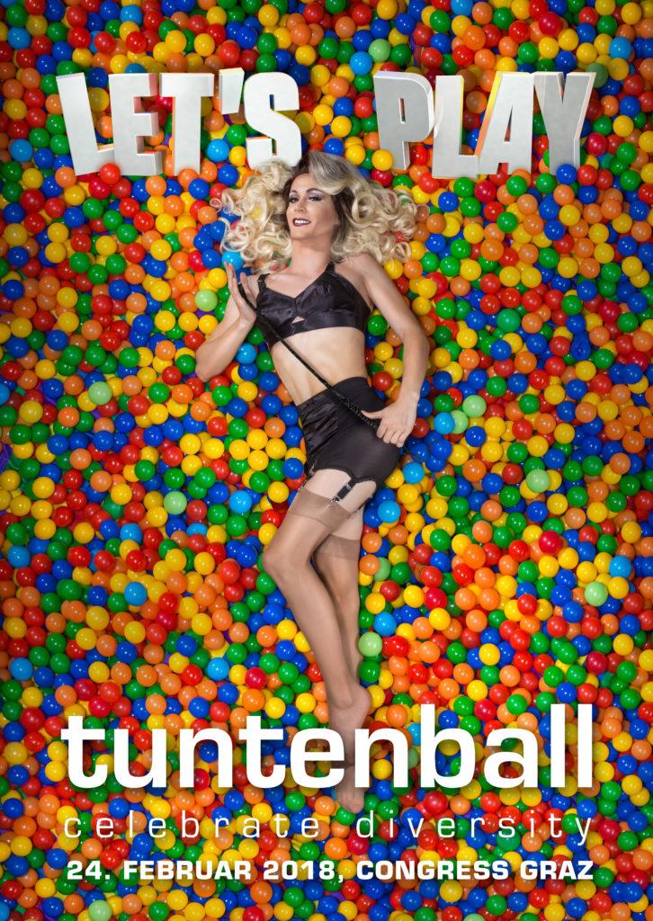 """Miss Tuntenball ist am Plakat zu """"Let's Play"""" zu sehen."""